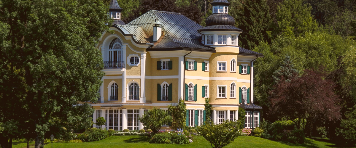 a grand, imposing house